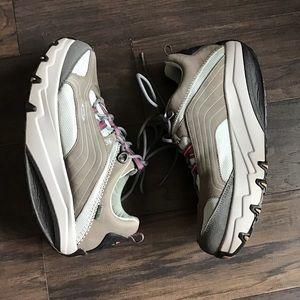 MBT The anti shoe Tone up shoe 9.5